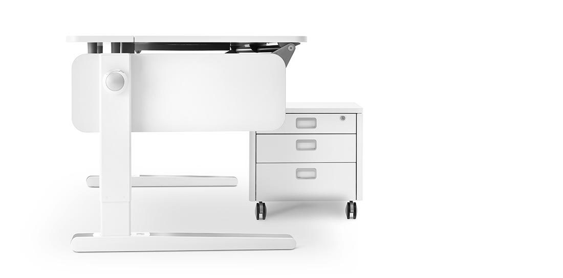 Teaser_moll_champion-childrens-desk_1100x544-01
